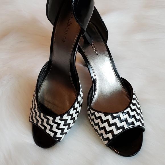 05fe6c39bbb Liz Claiborne Shoes - Liz Claiborne Open Toe Black Checkered Heel Sz 7